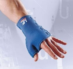 LP Supports Wrist and thumb support 776